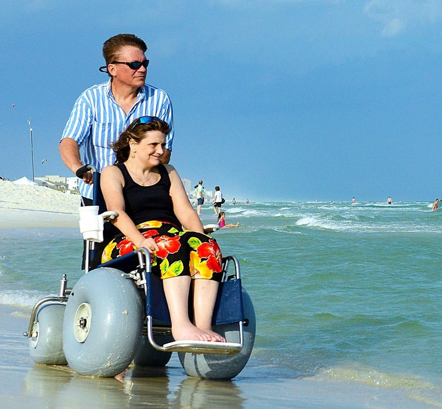 karen-mike-deming-beach-wheelchair