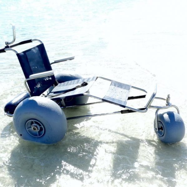 de-surf-bug-beach-wheelchair 2